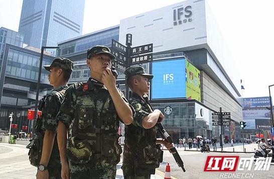 武警湖南总队:万余官兵全力护航节日安全